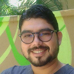 Dr. Jorge Fernandez